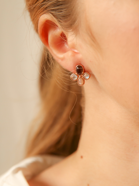 floral mood earring