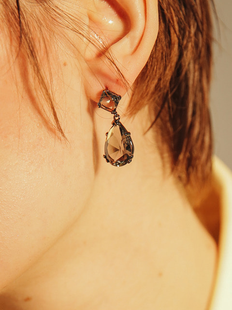 black dux earring