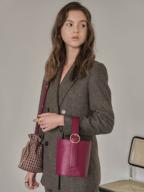 belt bucket bag_burgundy