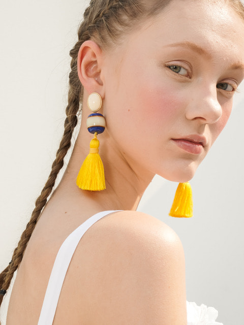 EASY. tessle earring