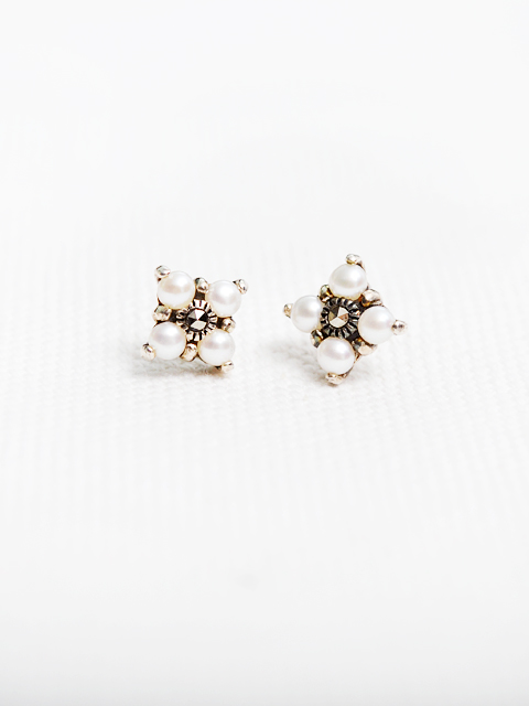 E0076-Pearl antique earring (EDIT SPEC)
